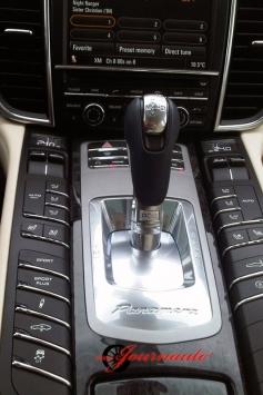 Porsche Panamera Turbo shifter