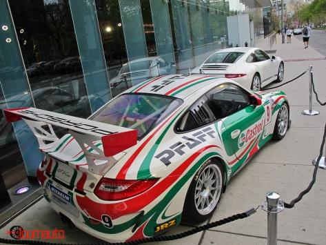 No. 9 Pfaff Castrol Porsche GT3 Cup