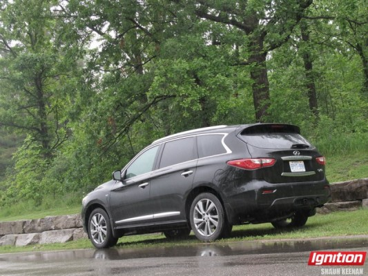2015 Infiniti QX60 | Shaun Keenan for Ignition